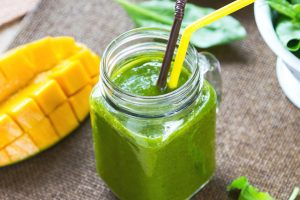 Easy and Healthy Super Green Smoothie Recipe