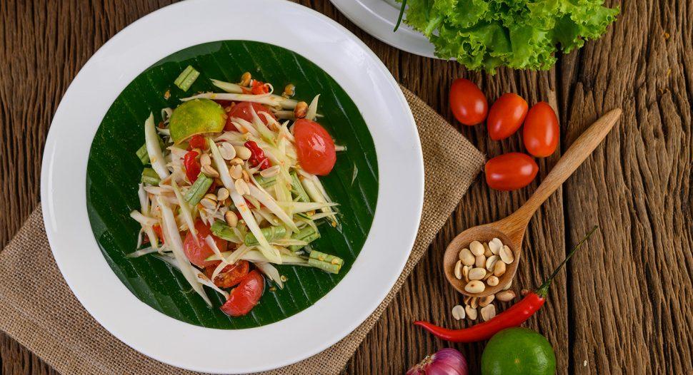 Thai Green Papaya Salad (Som Tum) Recipe - learn it on FairPrice. Taste of Thailand