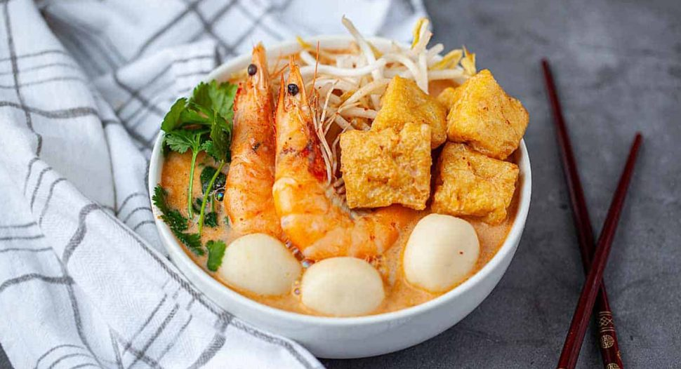 Easy and delicious - Homemade Laksa Noodles (Halal) recipe